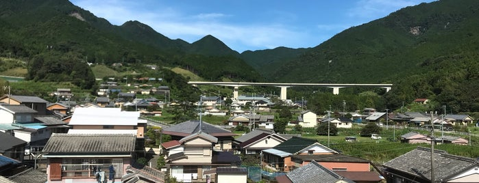 Atashika Station is one of 熊野古道 伊勢路.
