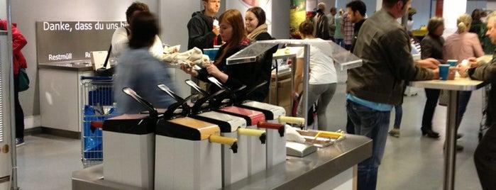 Hot-Dog-Station IKEA is one of Lieux qui ont plu à Kris.