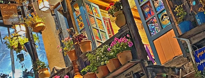 Masooleh Traditional Bazaar   بازارچه سنتي ماسوله is one of Posti che sono piaciuti a Ava.