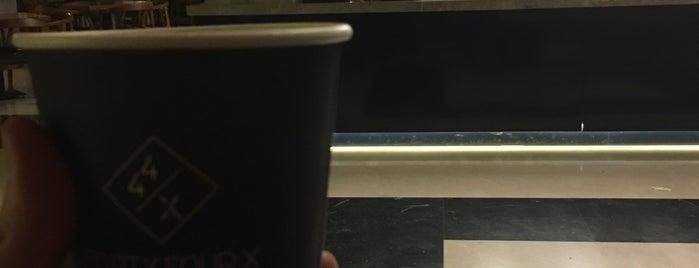 44/X is one of Amal 님이 좋아한 장소.