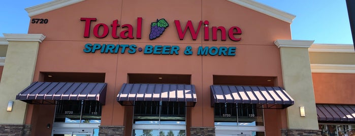 Total Wine & More is one of Orte, die Jeremy gefallen.