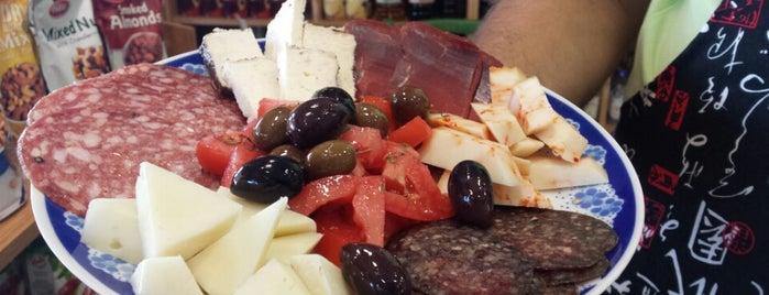 Μπακάλικο με τσίπουρο is one of Locais curtidos por Damla.