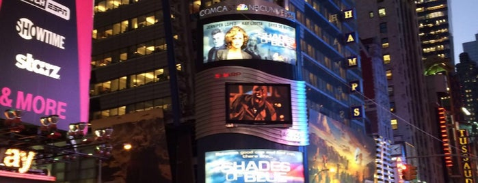 Times Square is one of Locais curtidos por Isa.