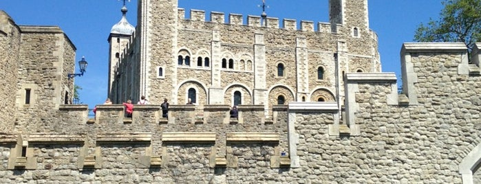 Tower of London is one of London heritage and sightseeing.