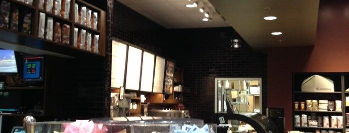 Starbucks is one of Joanna'nın Beğendiği Mekanlar.