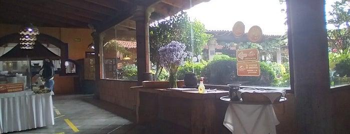 Restaurante La Finca de Adobe is one of Restaurantes Con Juegos.