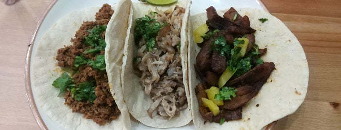 Los Agaves is one of Want to go.