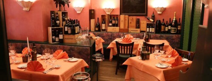 Ristorante da Luca is one of Frankfurt Restaurant.