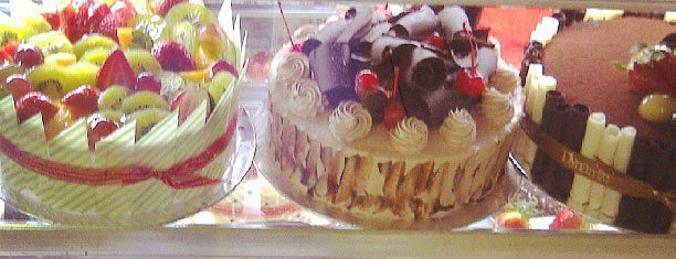 Dynamic Bakery & Cake is one of Foodism in Jakarta.