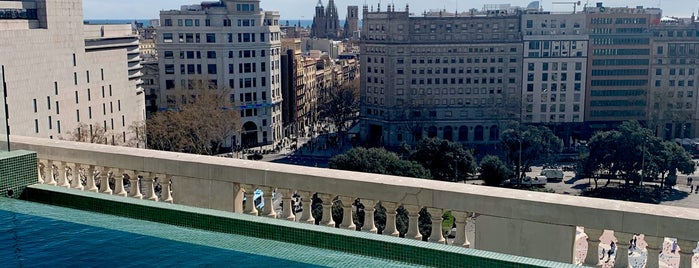 SKY Bar Terrace Paseo De Gracia is one of Buralar favlar - Barna edn🦖.