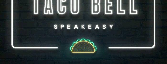 Taco Bell Speakeasy is one of Tempat yang Disukai Lindsay.