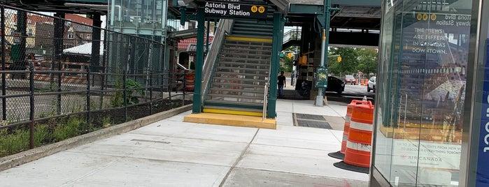 MTA Subway - Astoria Blvd/Hoyt Ave (N/W) is one of Kimmie 님이 좋아한 장소.