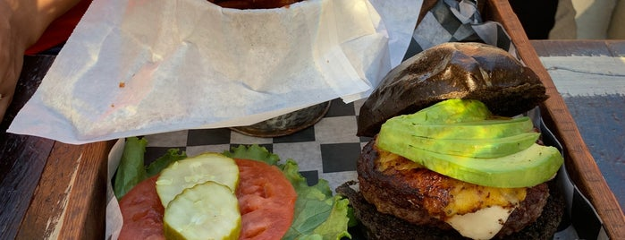 Juanchi's Burger is one of North Brooklyn Food.