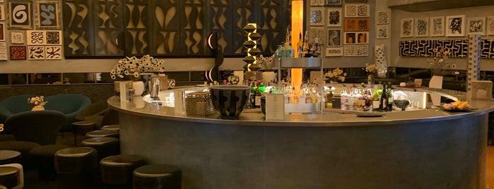 10 Corso Como Café is one of Milano.