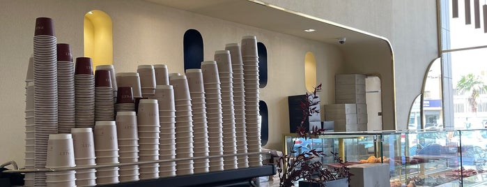 PALET is one of Coffee shops | Riyadh ☕️🖤.
