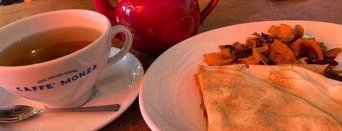 Cafe Monza is one of Locais curtidos por Mia.