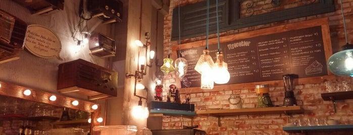 Hale Jale Bütün Mahalle is one of Coffee Shop.