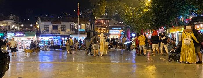 Kaş Çarşı is one of Lieux qui ont plu à Murat.