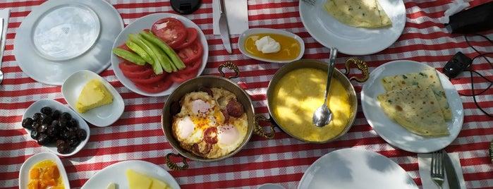Kuzina is one of Istanbulamaz.