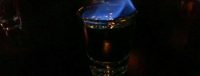 Deep Black is one of Posti che sono piaciuti a Aral.