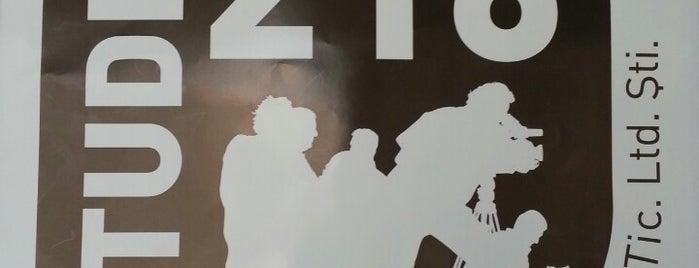 Studio 216 is one of Locais curtidos por Alper.