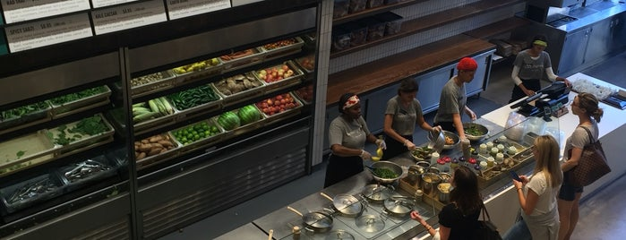 sweetgreen is one of Locais salvos de Francis.
