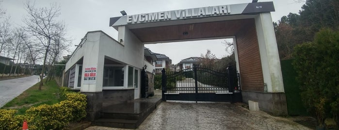 Evcimen villaları is one of Halil : понравившиеся места.
