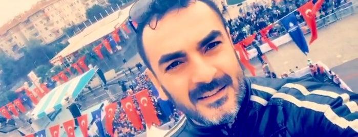 Fenerbahçeliler Derneği | FBD is one of Lugares favoritos de Halil.