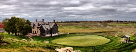 Erin Hills Golf Course is one of The Ultimate Golf Course Bucketlist.