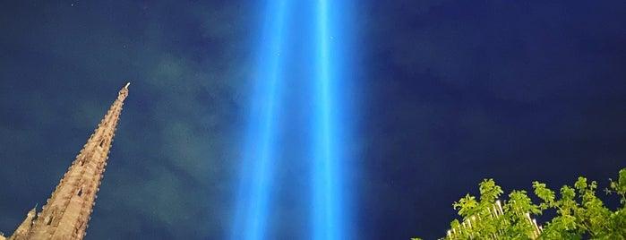 9/11 Memorial South Pool is one of Micael Helias 님이 좋아한 장소.