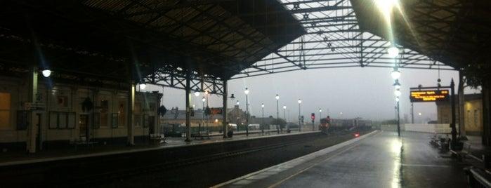 Bahnhof Huddersfield is one of SWEET.