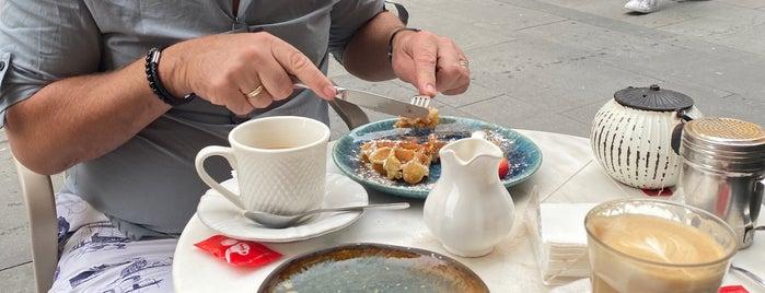 Mercador Café is one of Posti che sono piaciuti a Alberto.