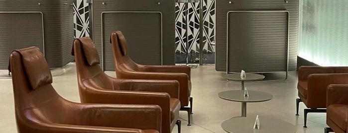 Al Mourjan Business Lounge is one of SV'ın Beğendiği Mekanlar.