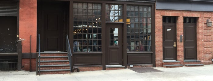 Peter Luger Steak House is one of Chayさんのお気に入りスポット.