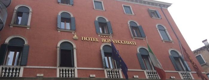 Hotel Bonvecchiati is one of Runes'in Beğendiği Mekanlar.