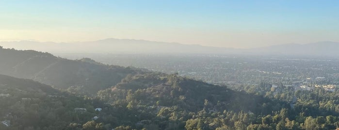 Mulholland Scenic Overlook is one of USA Trip 2018.