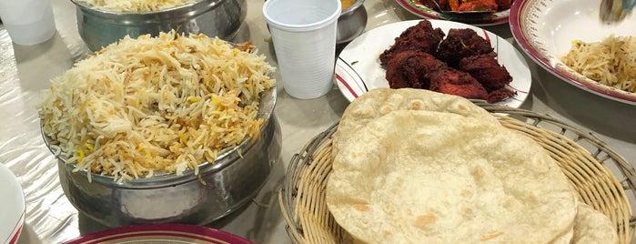 Shalimar Restaurant is one of Esraaさんの保存済みスポット.