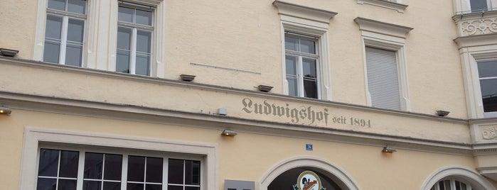 Ludwigshof is one of Essen gehen.