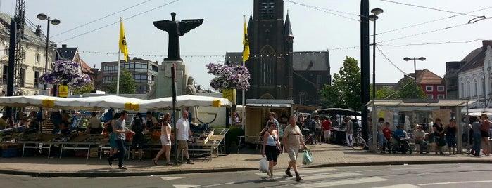 Zondagmarkt is one of สถานที่ที่ Gordon ถูกใจ.