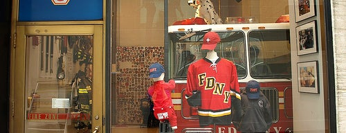 FDNY Fire Zone is one of The Droid U Were Looking 4さんの保存済みスポット.