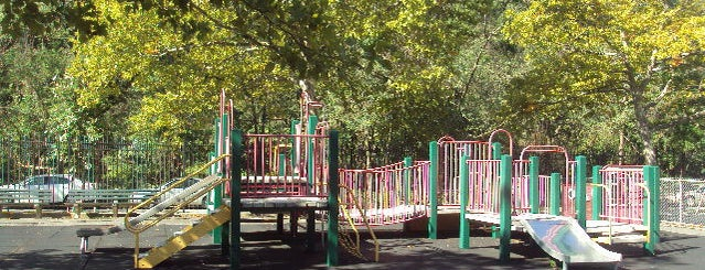 Prescott Playground is one of Locais salvos de Moses.