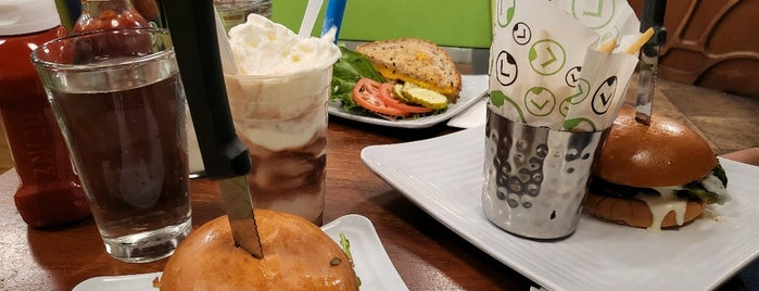 Liberty Burger is one of American Travel Bucket List-West Coast.