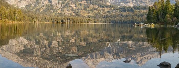 Taggart Lake Trailhead is one of American Travel Bucket List-West Coast.
