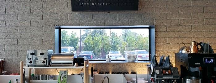 Provision Coffee Bar is one of สถานที่ที่ Geof ถูกใจ.