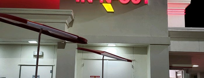 In-N-Out Burger is one of Lieux qui ont plu à Scott.