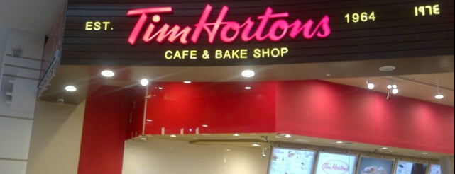 Tim Hortons is one of Lugares favoritos de Hamad.