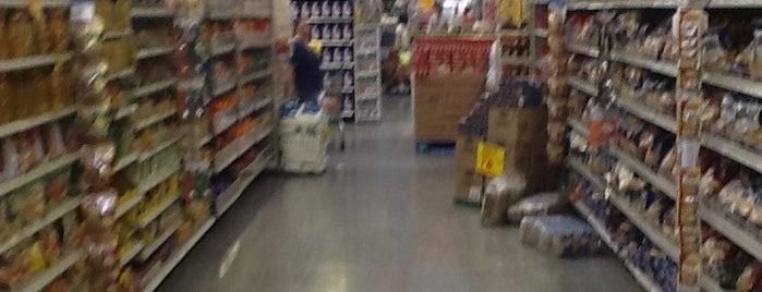 Walmart is one of Lieux qui ont plu à Gabi.