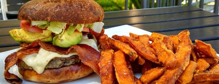 Rustic Burger is one of Locais curtidos por Isaac.