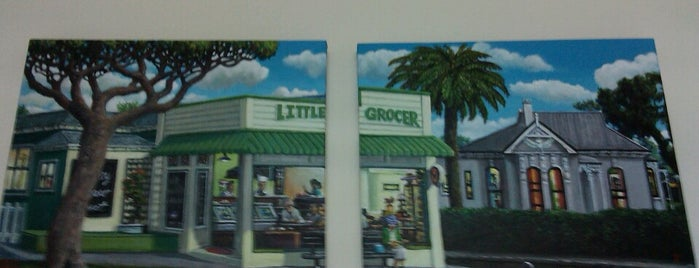The Little Grocer is one of Veggie Auckland.