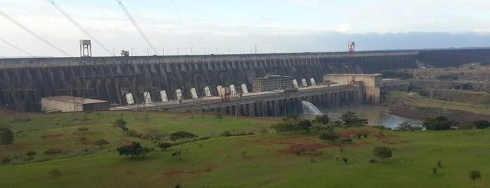 Hidroelectrica Itaipu Binacional is one of Lugares favoritos de Sergio Paulo.